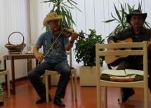 Zaključek projekta Bralci priporočamo in večer irske glasbe v Knjižnici Toneta Seliškarja Trbovlje