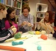 Delavnica za odrasle, osnove pletenja z Marijo Pišek