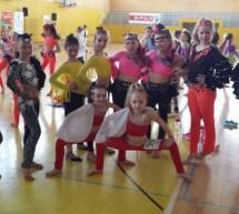 Plesna šola Urška Zagorje združuje plesalce z območja celotnega Zasavja, precej plesalk prihaja tudi iz Trbovelj