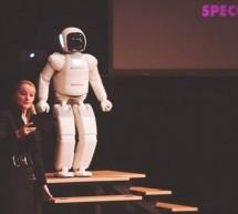 Robot Asimo navdušil ne le Slovenijo, temveč tudi tujce!