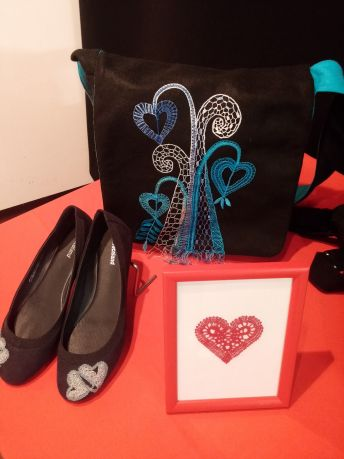 torbica in čevlji