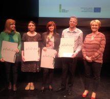 Šolska knjižnica OŠ Tončke Čeč prejela priznanje za spodbujanje veselja do branja