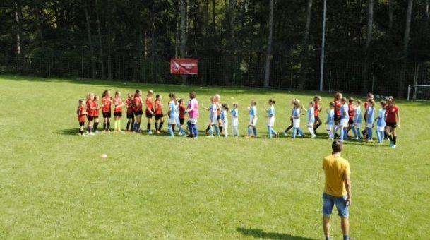 Zasavske nogometašice na pripravah