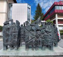 Kip Boj z Orjuno na čiščenju