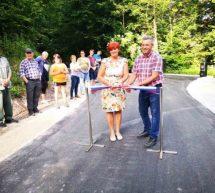 Nov asfaltiran cestni odsek v Knezdolu